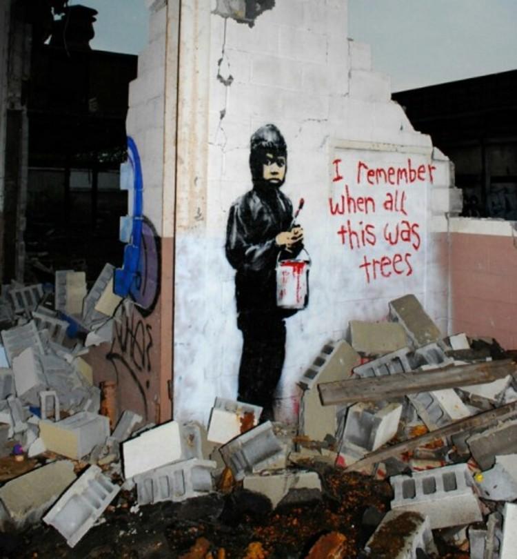 """""""Recuerdo cuando todo esto eran árboles"""" por Banksy."""
