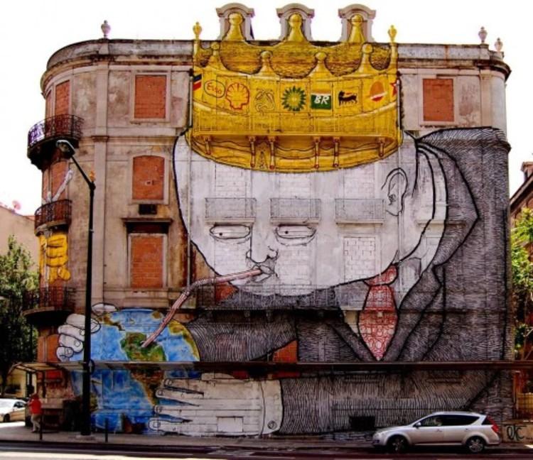Arte urbano: 12 murales que muestran el impacto del hombre en el medioambiente, Mural realizado por Blu y Os Gemeos para el Festival Crono en Lisboa, Portugal.