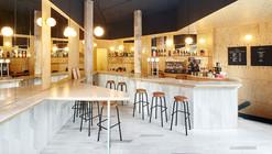 Sandwich Bar Blitz / FLEXOARQUITECTURA