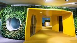 Segunda Etapa Sede Yandex  / Atrium