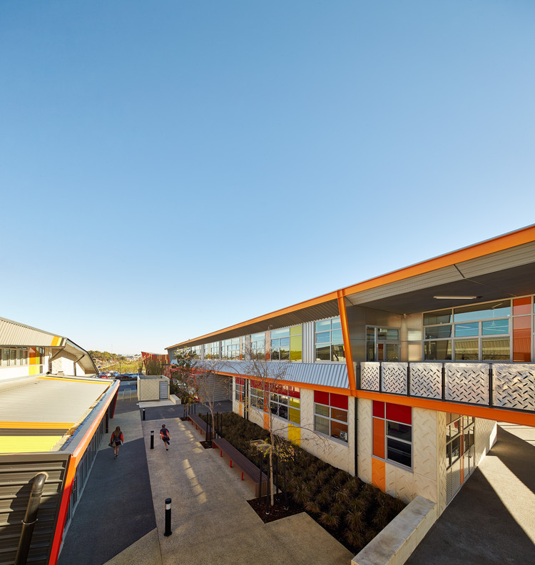 Escuela Secundaria Baldivis / JCY Architects and Urban Designers, © Peter Bennetts