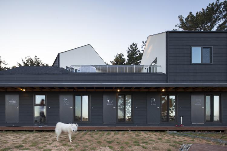 Casa de huéspedes Mungzip + Residencia Privada Padori / designband YOAP architects, © Shin Do Keun