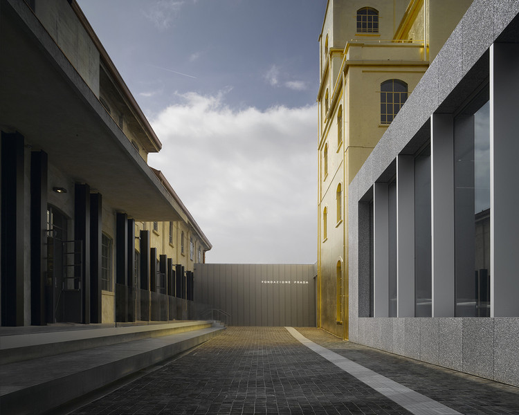 Examining OMA's Two Latest Venues for Contemporary Art, Fondazione Prada, Milan. Image © Bas Princen