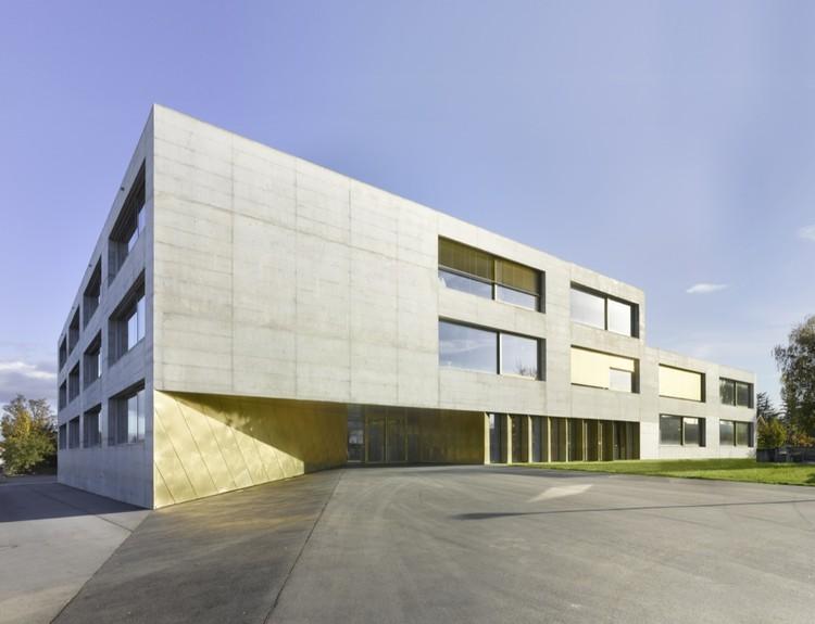 Ampliación de escuela de orientación en Kerzers / Morscher Architekten, © Alexander Gempeler
