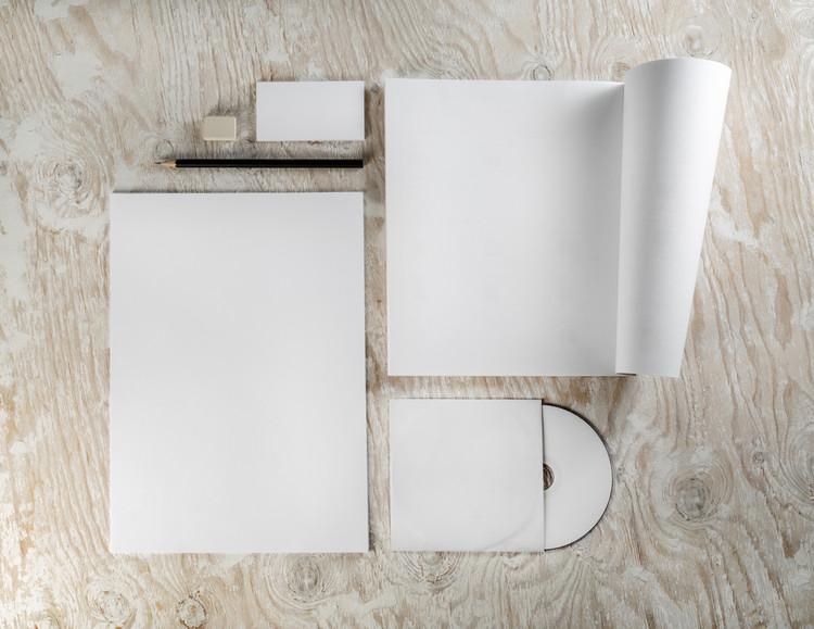 6 consejos para crear el portafolio perfecto y conseguir una entrevista de trabajo, © Alex Veresovich vía Shutterstock