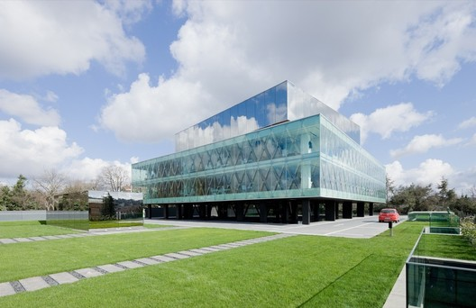 Vakko Headquarters and Power Media Center. Image © Iwan Baan