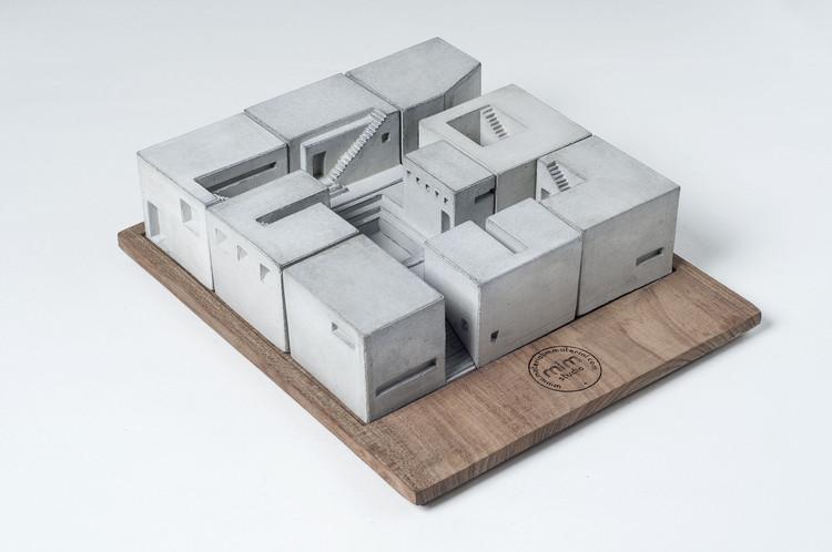 Spaces, un juego de geometrías y volúmenes por Material Immaterial Studio, © Sameer Tawde