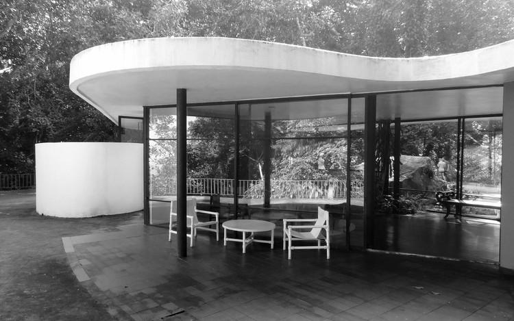 Casa das Canoas, por Oscar Niemeyer. © flickr Frank van Leersum