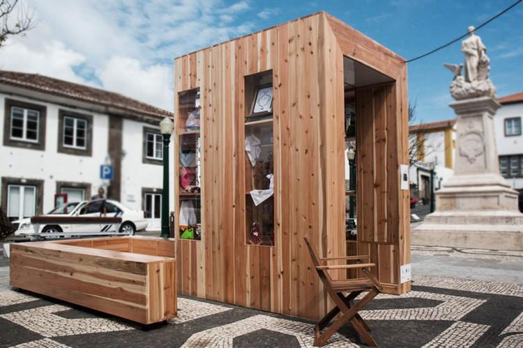 "Adesivo Para Sala De Jogos ~ The""PopCraft Kiosk"" André Vieira + Flávio Serpa ArchDaily"