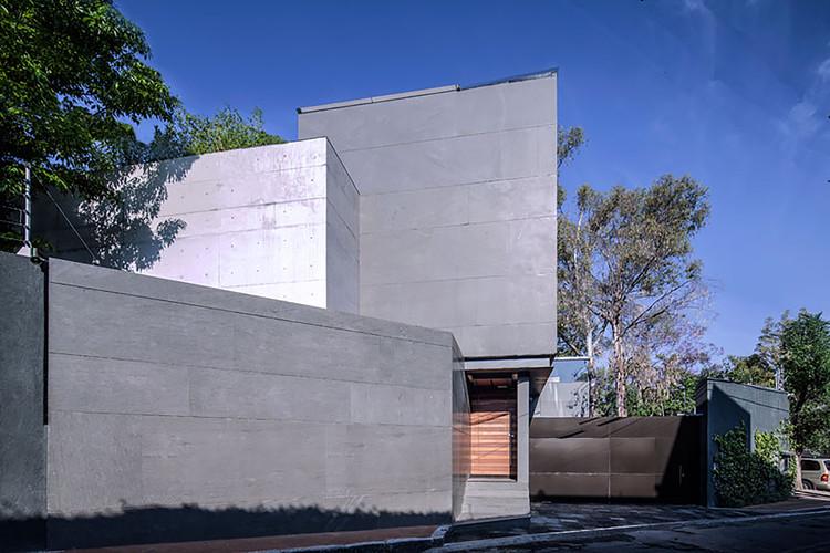 Casa Basáltica  / grupoarquitectura, Cortesía de grupoarquitectura