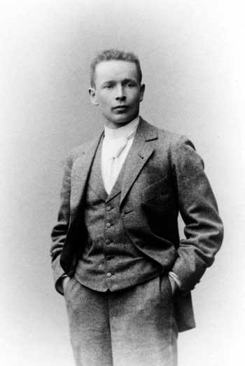 Image <a href='https://en.wikipedia.org/wiki/File:Eliel_Saarinen.jpg'>via Wikimedia</a> (public domain)