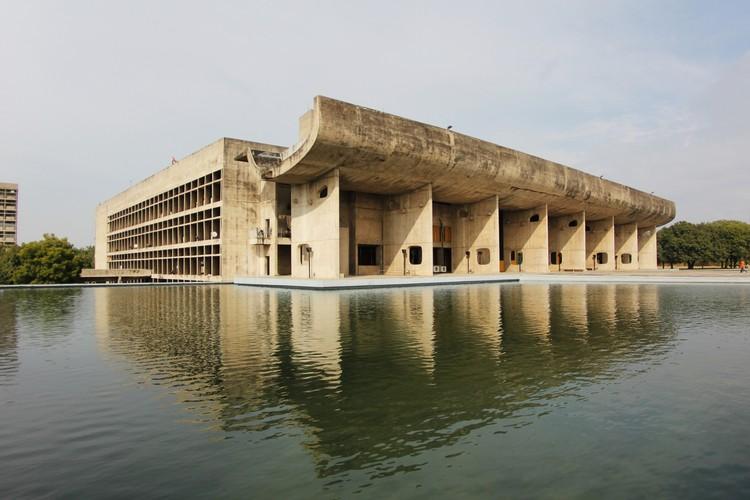 Palacio de la Asamblea. Le Corbusier. Imagen © Fernanda Antonio