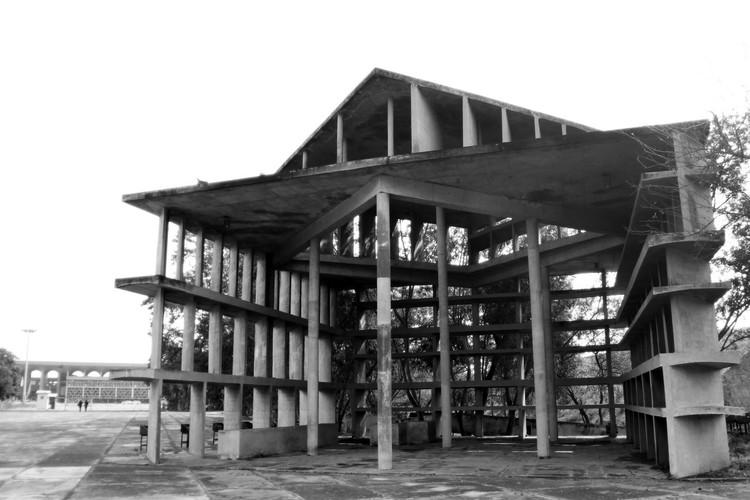 Torre de las Sombras. Le Corbusier. Imagen © Fernanda Antonio