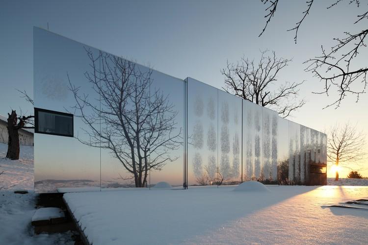 Casa Invisible / Delugan Meissl Associated Architects, © Christian Brandstaetter