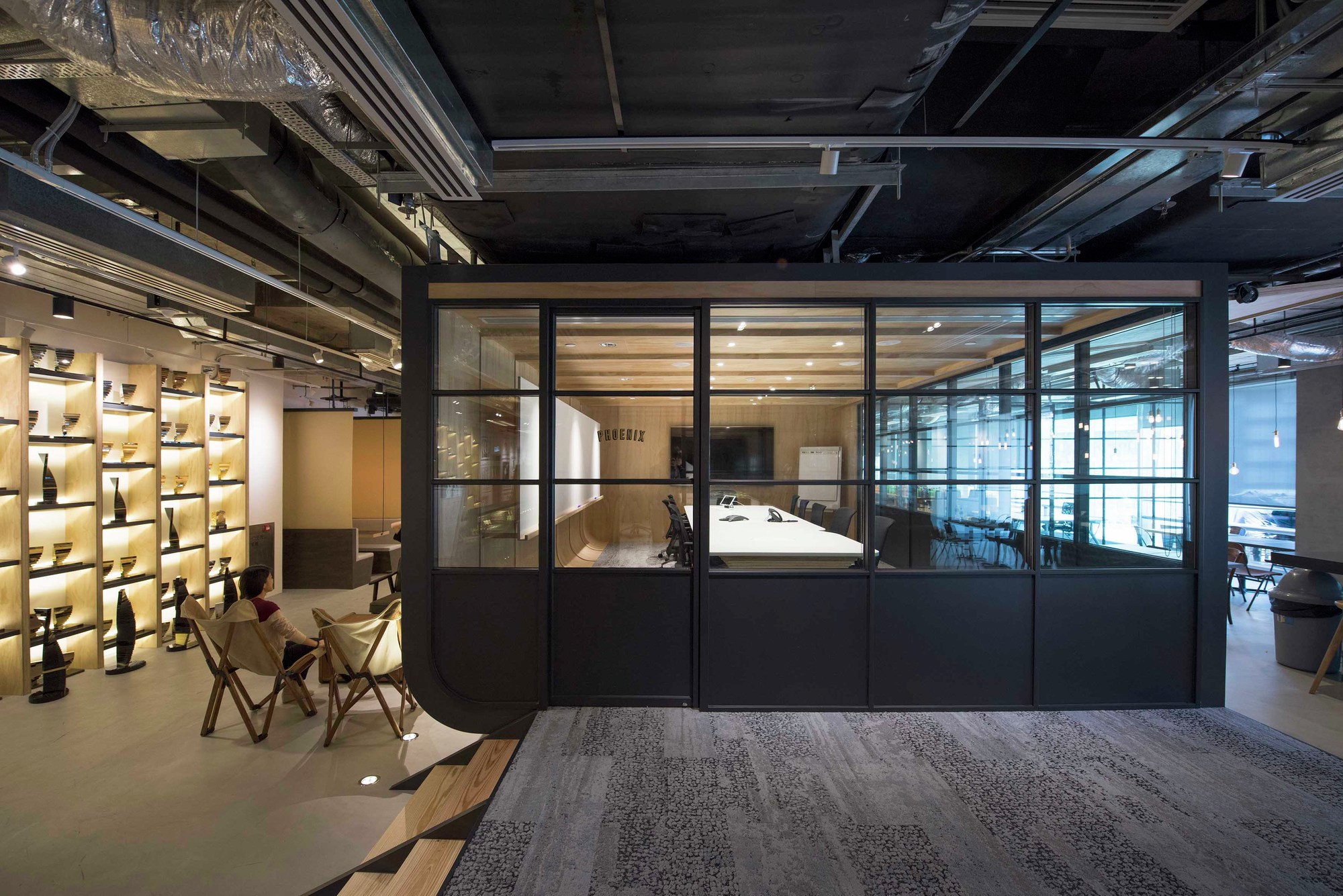 Leo burnett hq bean buro archdaily for Buro interior
