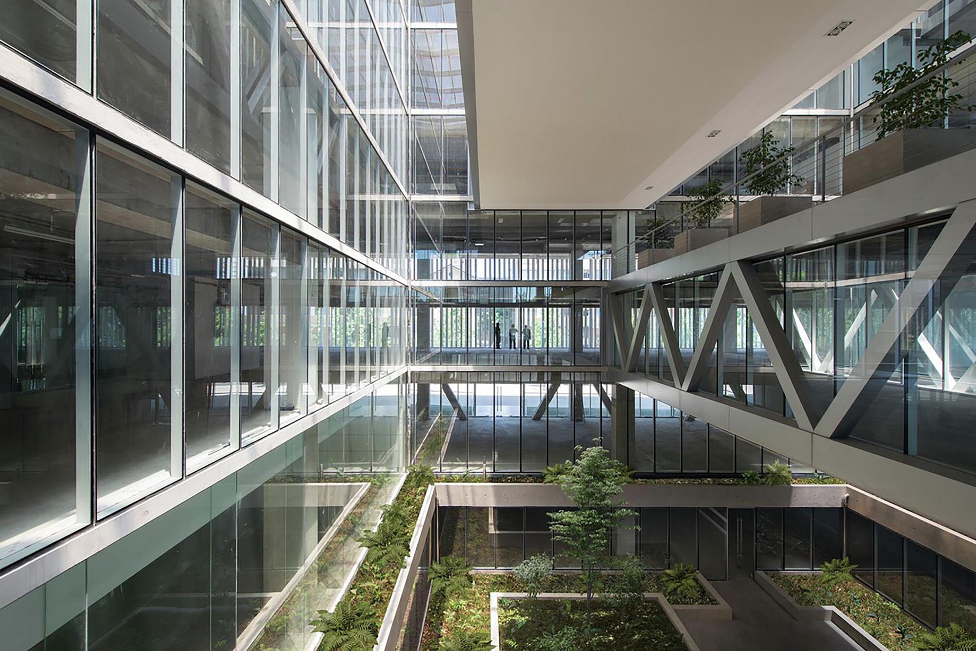 Edificio santa ana undurraga dev s arquitectos for Arquitectura de interiores universidades