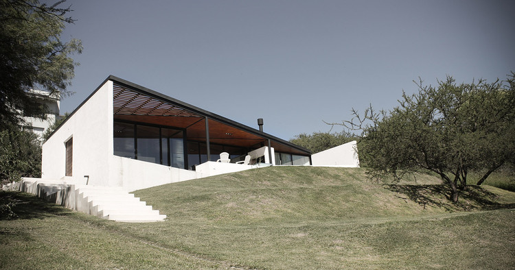 Casa SZ / alarciaferrer arquitectos. Image © Lucas Carranza