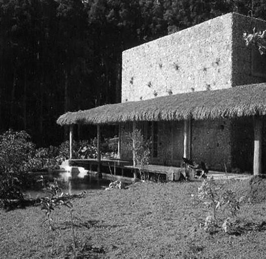 Casa Valeria Cirell. Image © Peter Sheier