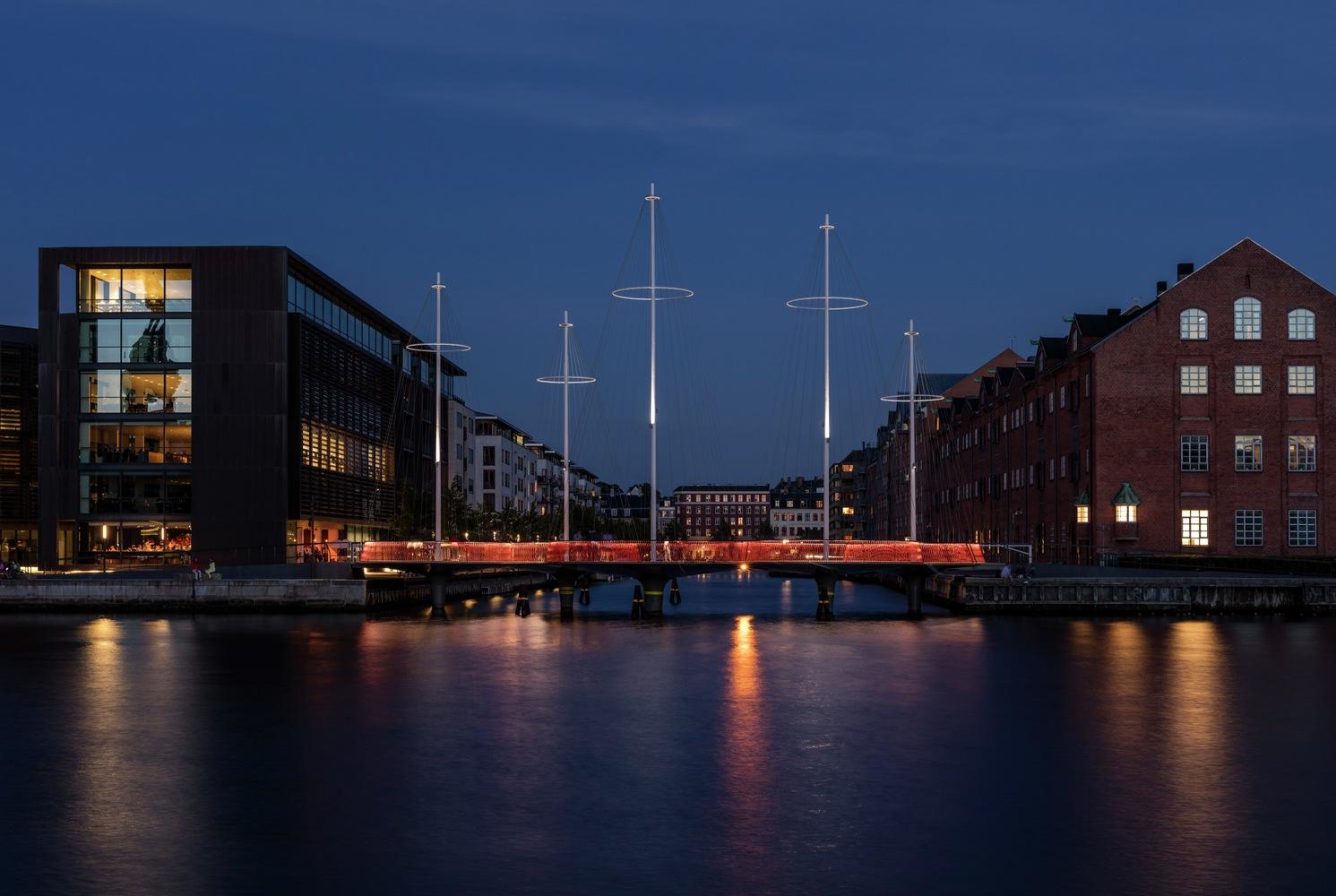 Cirkelbroen Bridge,Olafur Eliasson, Cirkelbroen (The circle bridge), 2015. Christianshavns Kanal, Copenhagen. Photo: Anders Sune Berg. A gift from Nordea-fonden to the city of Copenhagen.