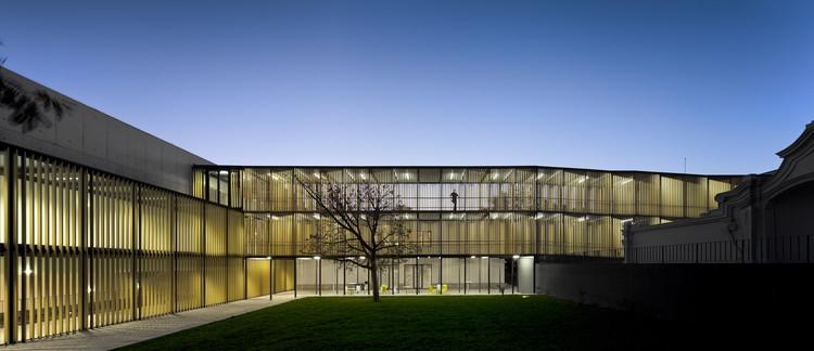 Vergilio Ferreira High School / Atelier Central Arquitectos, © Fernando Guerra | FG+SG