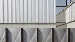 Automobile Design Studio / SJK Architects