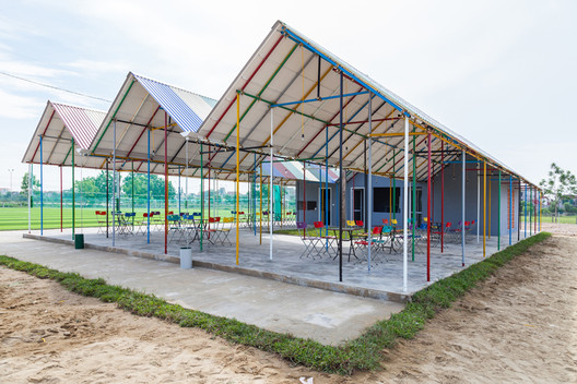 © Doan Thanh Ha  RE-AINBOW / H&P Architects Doan Thanh Ha     9