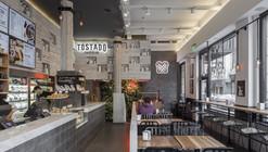 Tostado Café Club  / Hitzig Militello Arquitectos