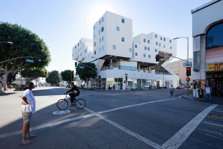 Star Apartments, Los Angeles, CA, USA, by Michael Maltzan Architecture. Photo by Iwan Baan, courtesy of Michael Maltzan Architecture.
