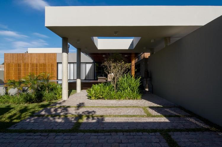 Casa do Laranjal / Rmk! Arquitetura, © Matheus Costa