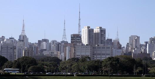 São Paulo. Image © Romullo F.