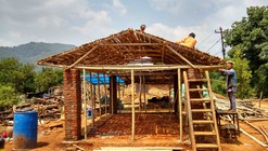 Easily Reproduced Disaster Relief Constructions in Bamboo