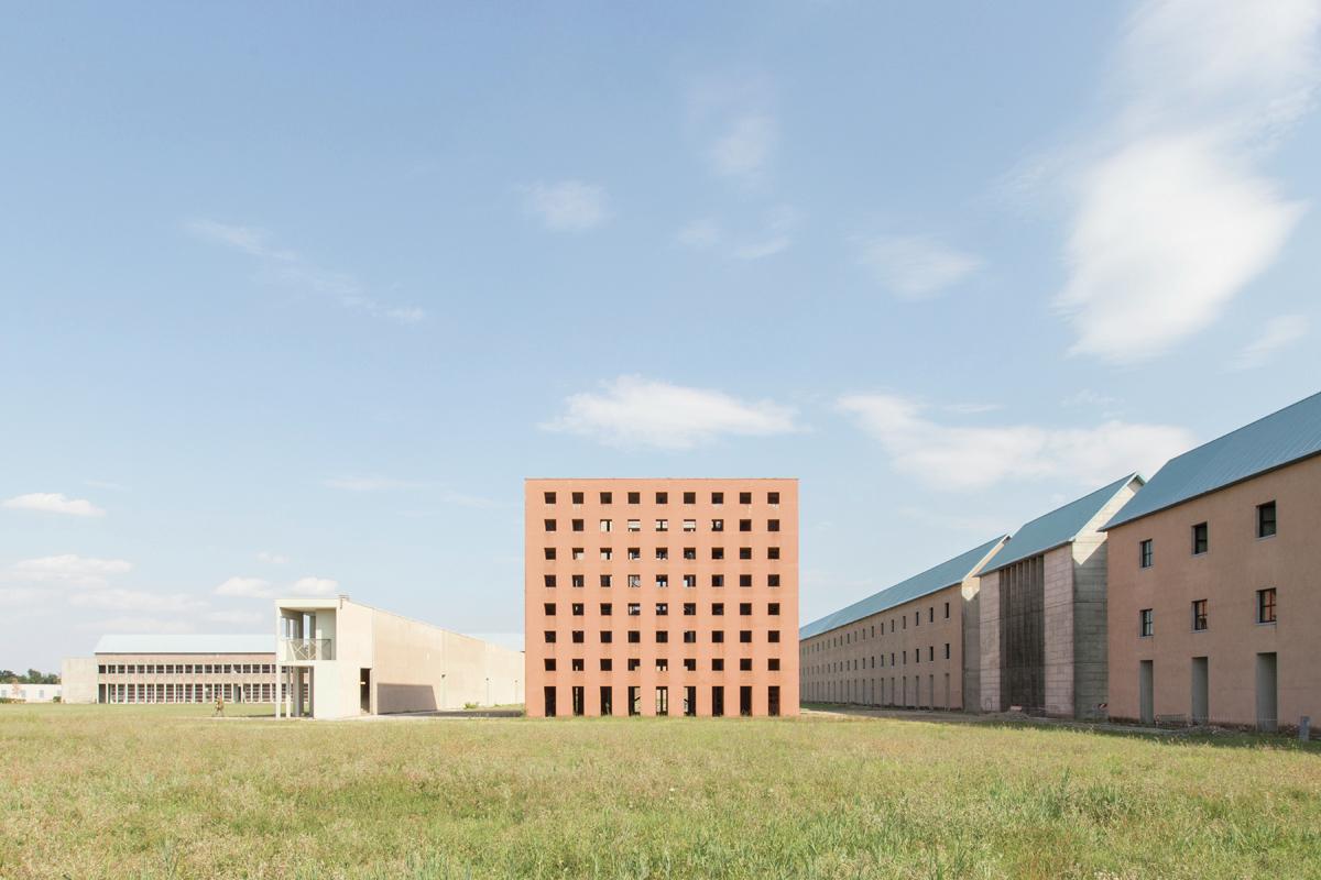 Ad classics san cataldo cemetery aldo rossi archdaily for Ad architects