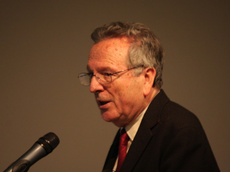 Rafael Moneo lecturing at Berlin's Instituto Cervantes © lunamtra