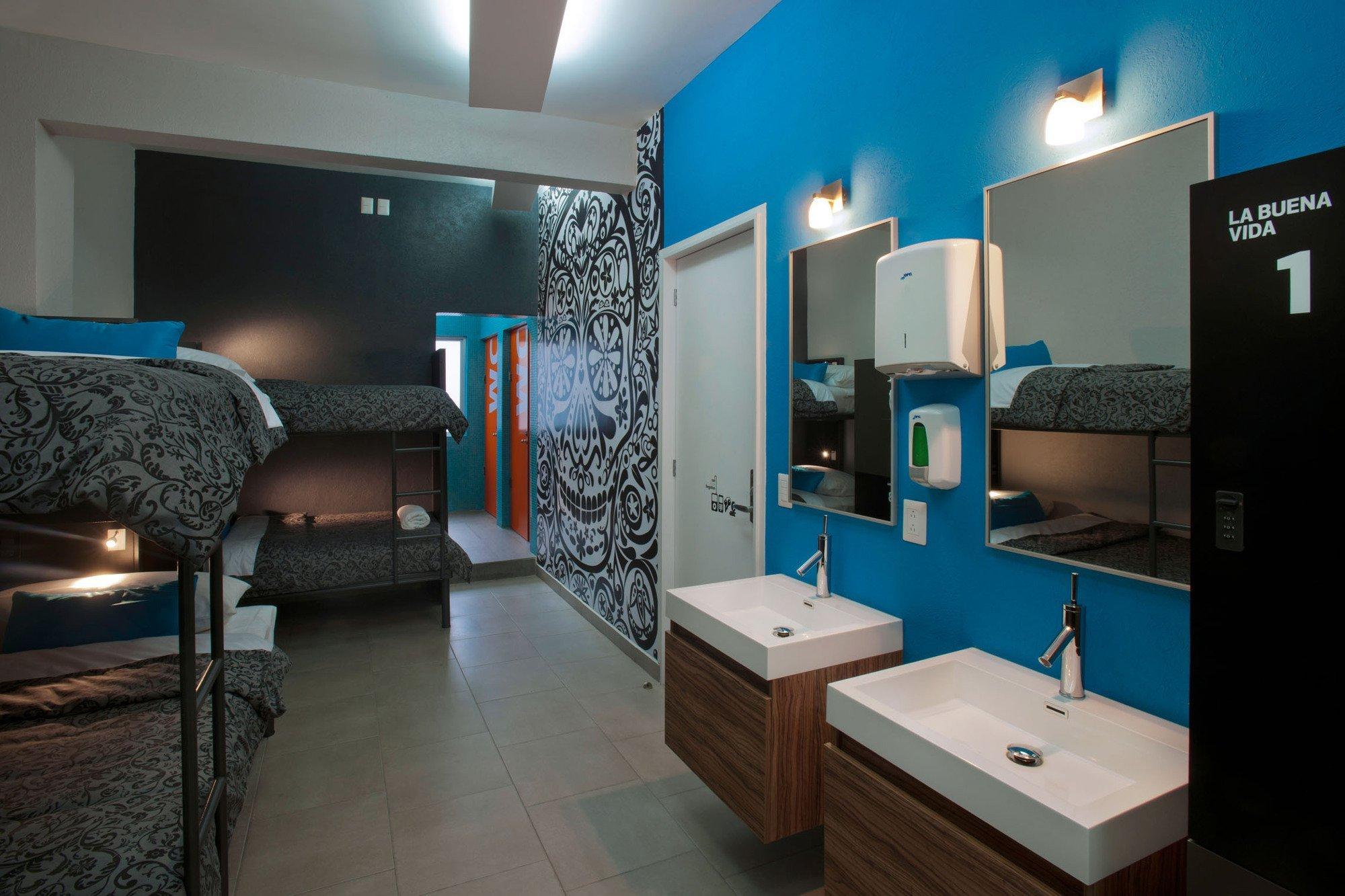 Gallery of hostel la buena vida arco arquitectura for Arquitectura contemporanea