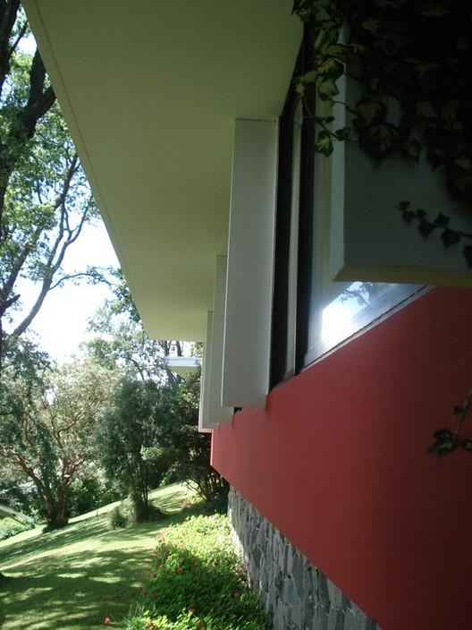 Plataforma en Viaje. Hotel Antumalal - Jorge Elton y Miguel Eyquem