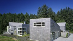 Caring Cabin / TVA Architects, Inc.
