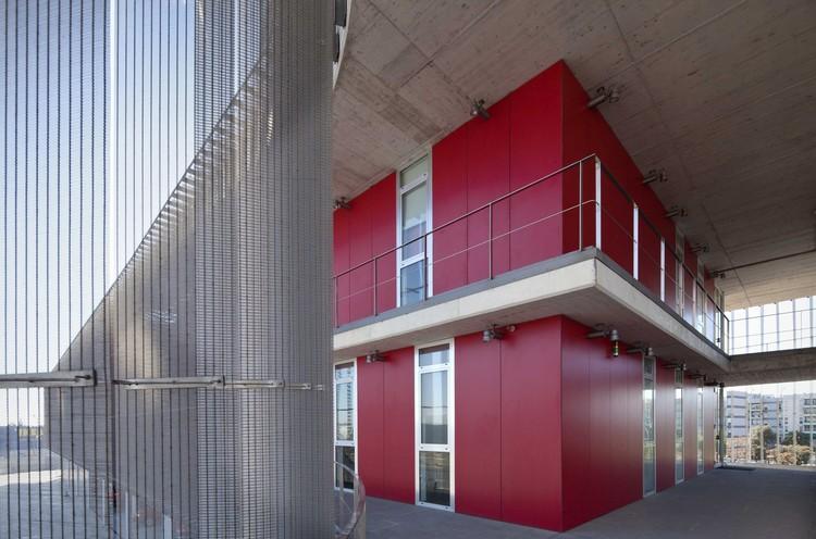 Parque central de bomberos de mallorca jordi herrero arquitecto archdaily m xico - Arquitectos en mallorca ...