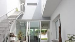 Casa JPV / Natalia I. Dulfano