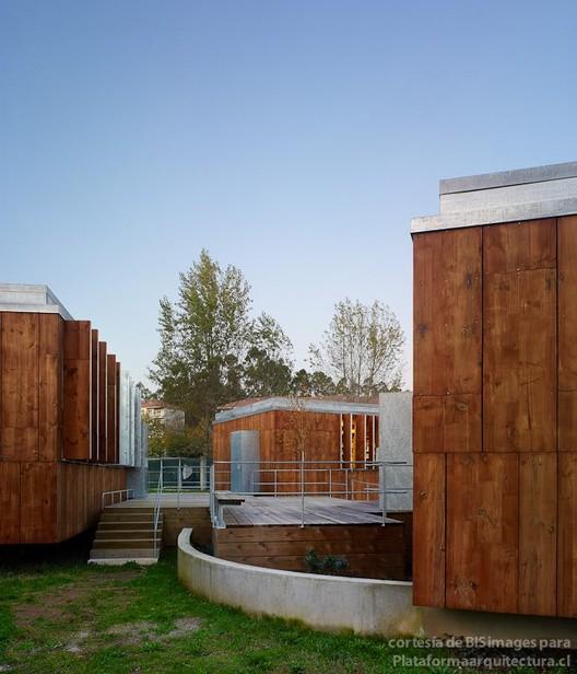 Centro Saciocultural en Teo. Arquitectos: Ameneiros, Carballal, Malde y Rey