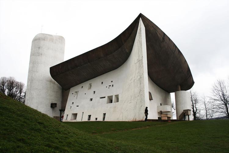 Ronchamp, uno de los trabajos más inusuales de Le Corbusier. © Cara Hyde-Basso
