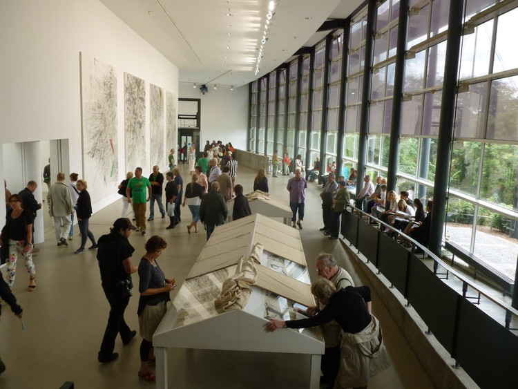 Julie Mehretu / Documenta-Halle