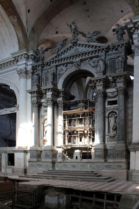 La Iglesia de San Lorenzo, que será restaurada por México © ArchDaily