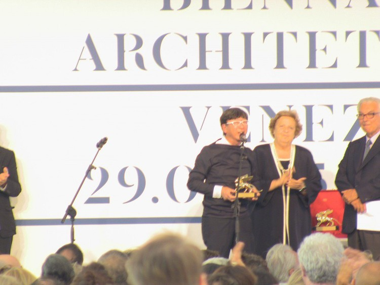 Toyo Ito, curador del Pabellón de Japón, Ganador del León de Oro por los Pabellones Nacionales