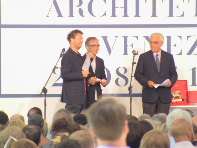 Cino Zucchi, Mención Especial para la exhibición Internacional