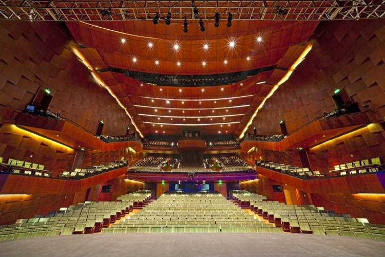 Teatro del lago B.Haler  © Guy Wenborne