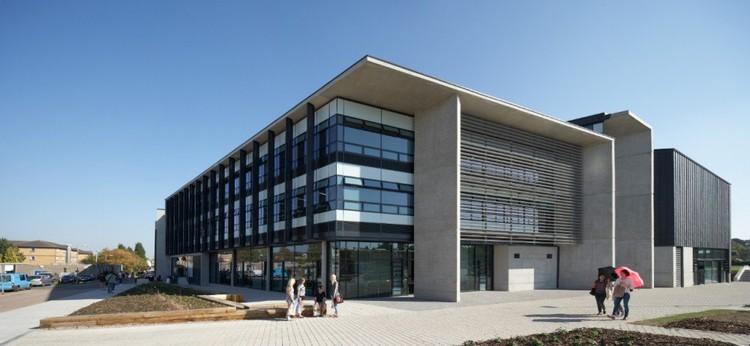 Loughborough Design School por Burwell Deakins Architects © Hufton+Crow