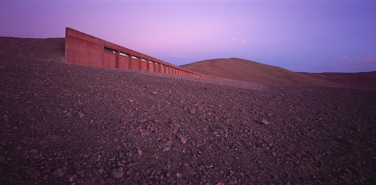 Auer & Weber, Eso Paranal Hotel on Cerro, Atacama Desert, Chile © Erieta Attali