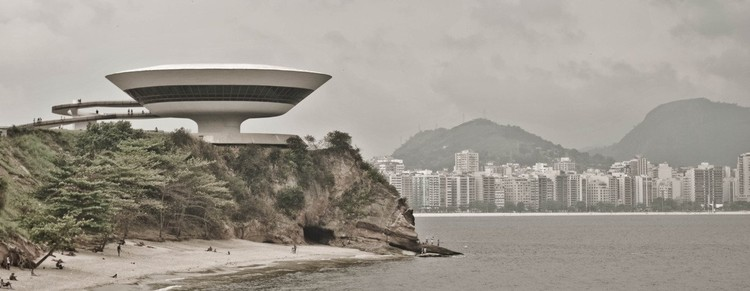 Niemeyer,Museo de Arte Contemporaneo. Niteroi Brasil
