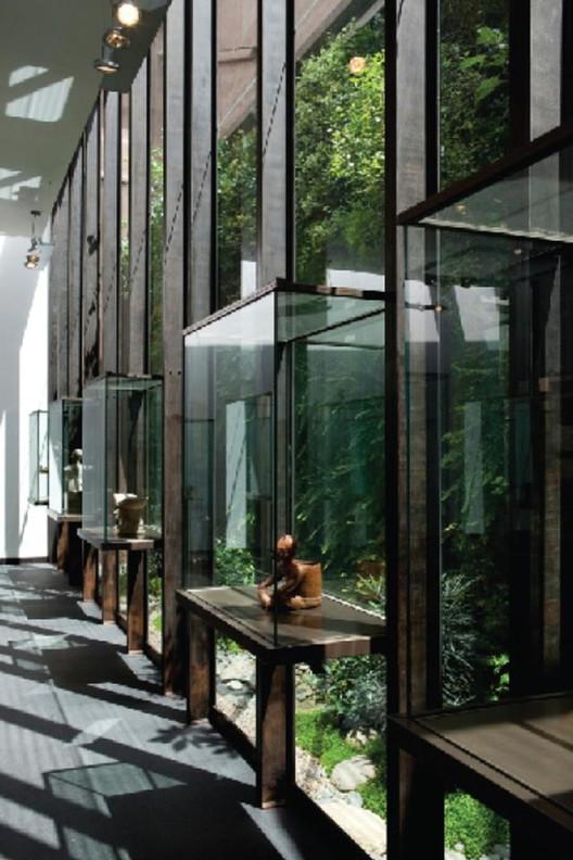 Casa del Alabado. Museo de Arte Precolombino. Arquitecto: Luis Alberto López
