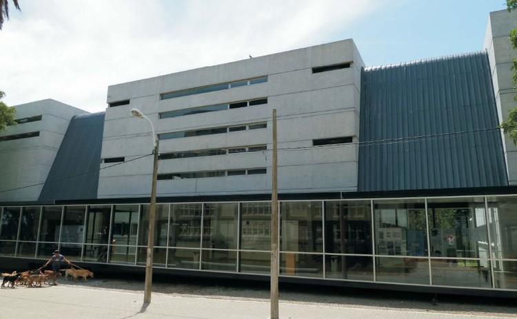 Edificio Poli-funcional Eduardo Massera